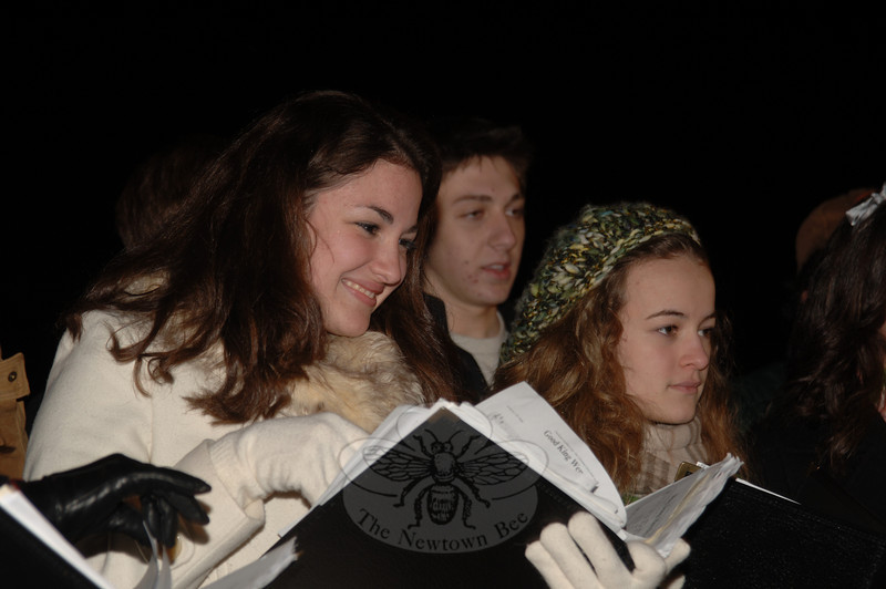 Newtown High School singers at the tree lighting at Ram Pasture on Friday, December 4, 2009.  (Bobowick photo)