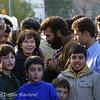 *legende*<br /> Danielle Mitterand rencontre les  réfugies Kurdes du cargo East Sea echoué le 17 février 2001 sur les cotes de la commune de Saint-Raphael.