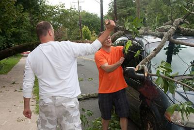 (1) Pslip Slug #: 85546; (2) Various Locations in Ridgewood, NJ; (3) 08/28/2011; (4) Ridgewood Survives Hurrican Irene Soggy But Essentially Intact; (5) ; (6) W.H. Grae for the Ridgewood News.