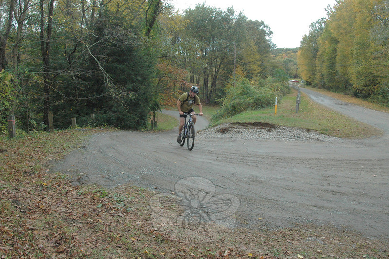 Grapes of Wrath Bike Race at McLaughlin Vineyards, October 10. (Voket photo)