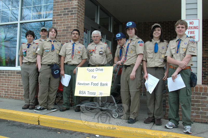 Newtown's Ajit Singh, an Eagle Scout candidate with Troop 70, was joined by fellow Scouts during the final day of a food and donation pledge drive at Sand Hill Plaza on October 10.  (Voket photo)