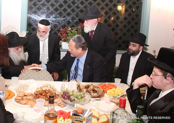 JOE LHOTA ENDORSEMENT BY CHABAD  IN CROWN HEIGHTS