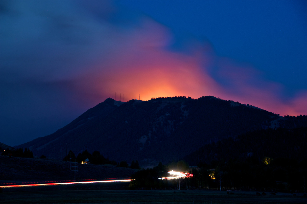 Horse Thief fire from Skyline.