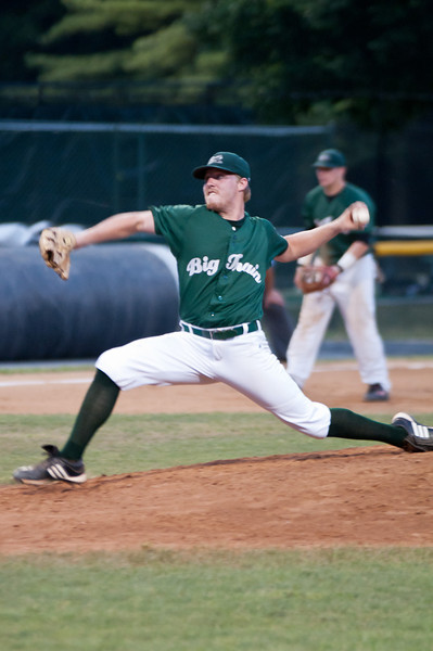 Starting pitcher Kelly Secrest