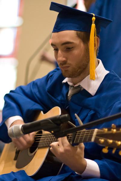 Barry Shapiro provides the guitar accompanyment for the original cantata.