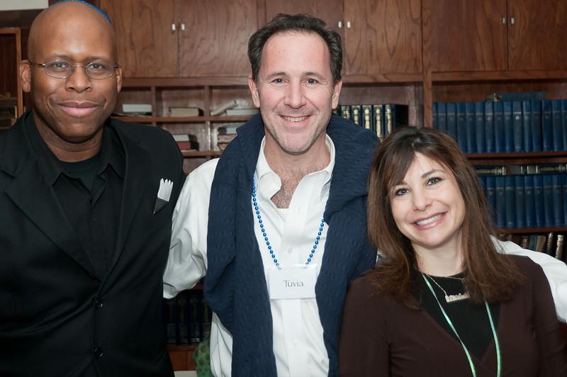 Organizer Ronnie Davis, guest Tuvia Sablosky, and organizer (and the Rabbi's daughter) Chaya Kranz.