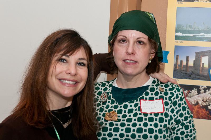 Chaya Kranz (organizer and the Rabbi's daughter) and Tikvah Kohn