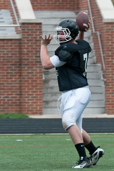 Weston Hanessian, QB