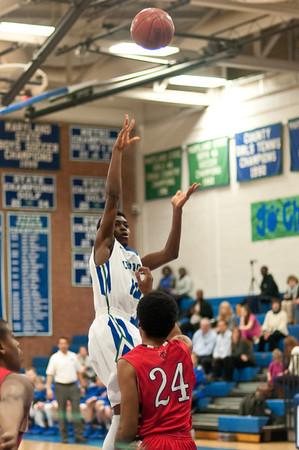 Churchill Basketball 140207
