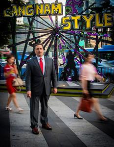 2014-07-07_Gangnam_SeanHayes_Style-blurredGirls-1334