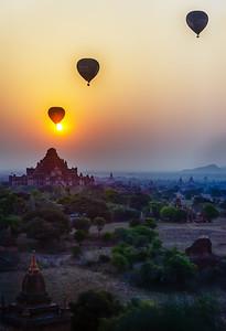 2015-02-16_Myanmar_Bagan_Sunrise_Balloons-HDR-2301-combined