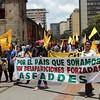 En la marcha también participaron miembros de ASFADDES para recordar los miles de desaparecidos. A julio de 2011, la Fiscalía conocía más de 16.000 casos de desapariciones. <br /> Foto: PBI Colombia