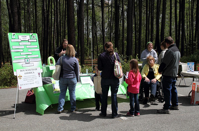 One of the facilitators of this Expo noticed that Nik's display frequently had a crowd of spectators.