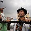 Miles de representantes de comunidades indígenas de todo el país se reunieron en 2008 en Bogotá luego de una travesía de 500 kilómetros desde la ciudad de Cali (sureste de Colombia). <br /> Foto: Damien Fellous/librearbitre