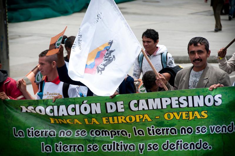 Fueron aproximadamente 1.700 organizaciones que desde hace dos años planean la denominada Marcha Patriótica, una de las movilizaciones más grandes de la historia de Colombia; iniciativa que busca convertirse en una alternativa democrática en el país. <br /> Foto: Leonardo Villamizar