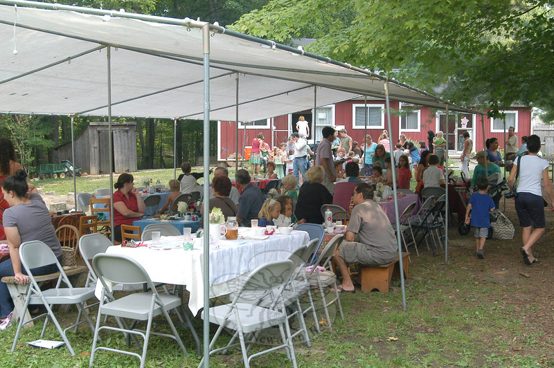 Eventgoers gathered on Friday, August 17, for the culminating harvest feast of this year's summer camp at Housatonic Valley Waldorf School. (Hallabeck photo)