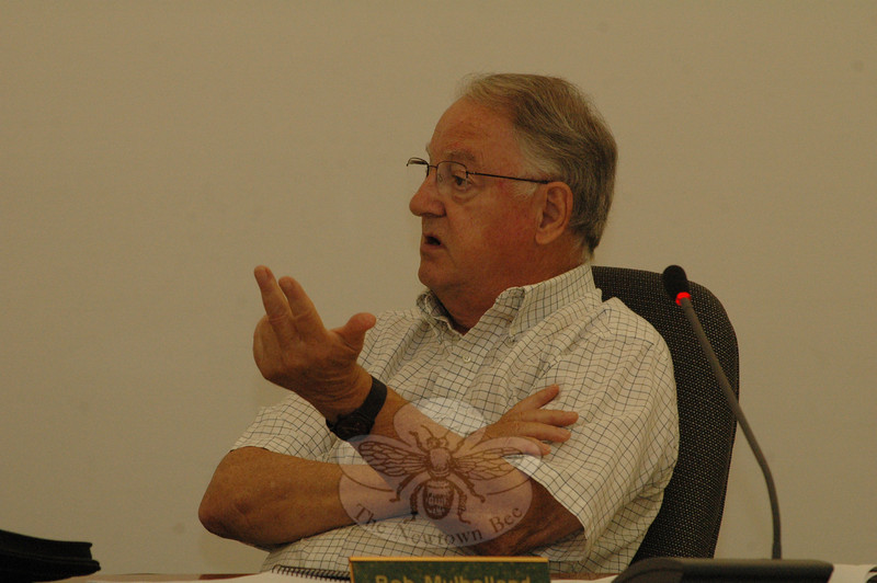 P&Z member Robert Mulholland speaks about the Town Plan of Conservation and Development at the August 16 meeting. (Gorosko photo)