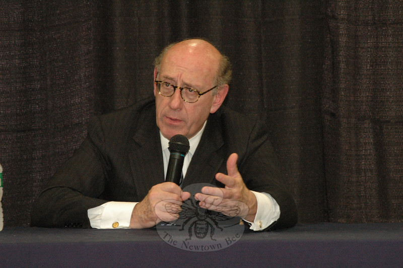 Kenneth Feinberg, an advisor to a fund distribution committee of The Newtown-Sandy Hook Community Foundation, Inc, speaks at a July 11 public forum on the proposal to dis-tribute $7.7 million of donated funds to families most affected by the 12/14 tragedy.  (Gorosko photo)