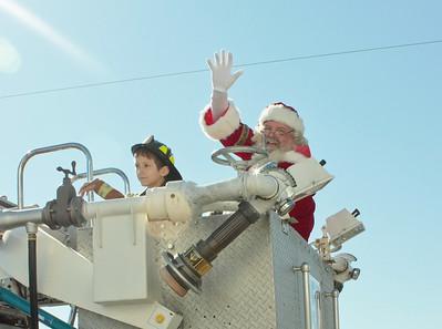 NEWS-Holly Hill Christmas Parade