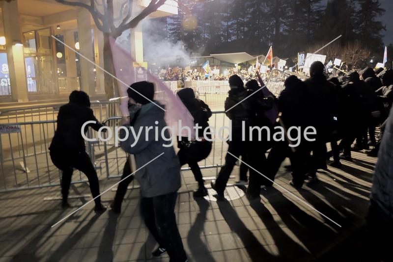 Milo Yiannopoulos protest in Berkeley, California