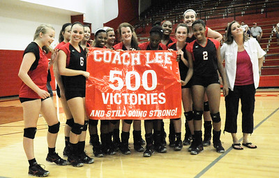 Lee volleyball coach Melissa Lee wins her 500th game against Rusk Thursday. Herb Nygrten Jr 082312