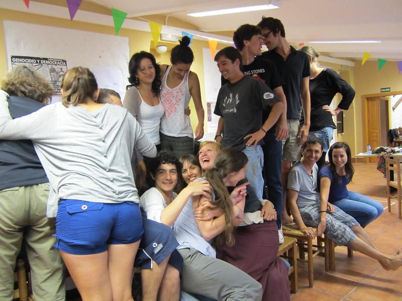 Teníamos también espacios informales para reír y conocer a los compañeros con quien vamos a pasar los próximos 18 meses de nuestras vidas. El equipo es una parte fundamental del trabajo de PBI y esa semana construimos los principios de la nueva generación de PBI Colombia.