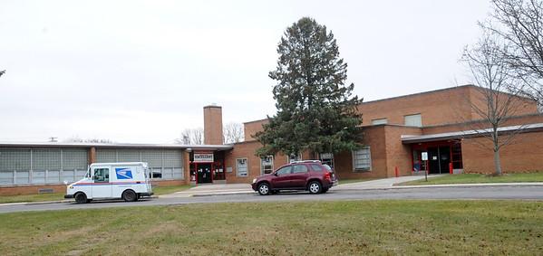 Crestwood Elementary. STEVE MANHEIM/CHRONICLE