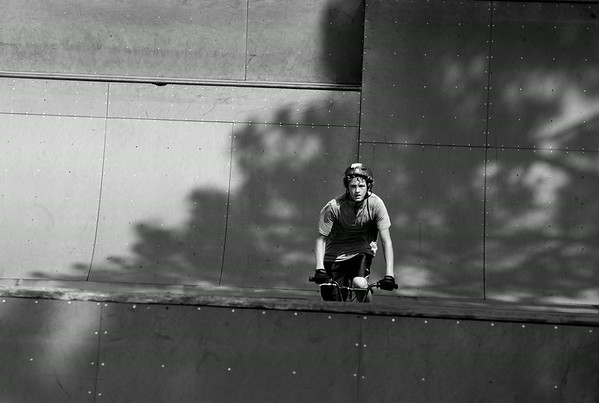 Charly Tanner rides between the ramps at the Jaycee Extreme Park Saturday, June 12, 2010.  (Jenni Farrow/The Daily Reflector)