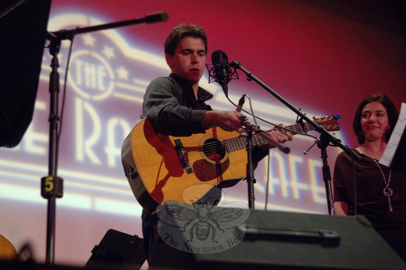 Flagpole Radio Café Orchestra member Jim Allyn, September 17.  (Bobowick photo)