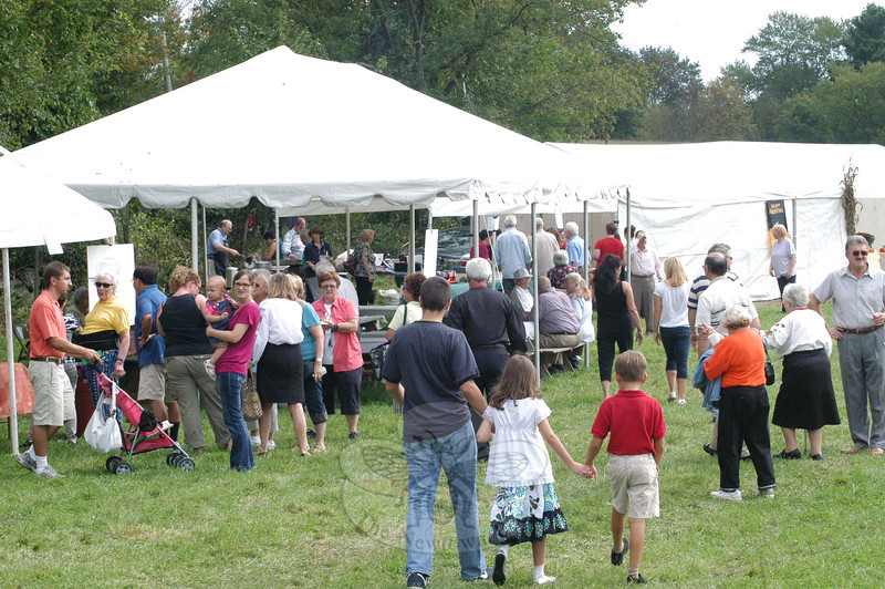 The Ukrainian Festival attracted many people to Castle Hill Farm on a hot, humid day that seemed more like early August than late September.  (Gorosko photo)