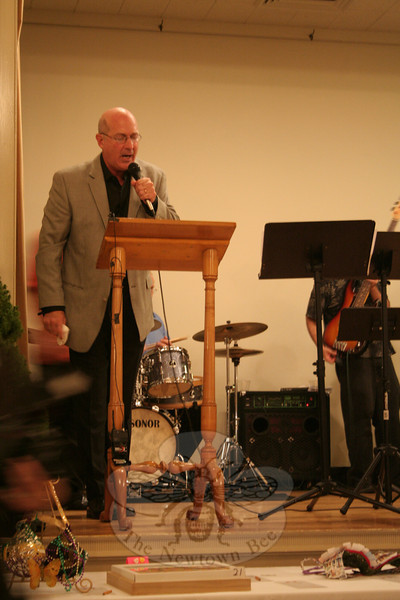 Dr Richard Coopersmith, during the live auction.  (Hicks photo)