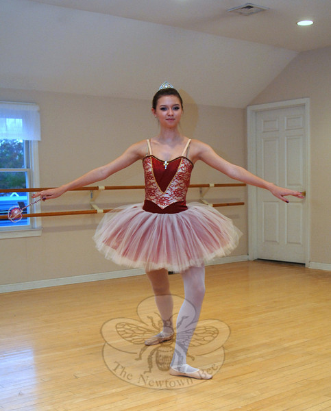 Lauren Bauer, the Sugar Plum Fairy, will again be onstage with the Malenkee Ballet Repertoire Company for its Nutcracker Suite performance during the annual Holiday Festival next month.  (Bobowick photo)