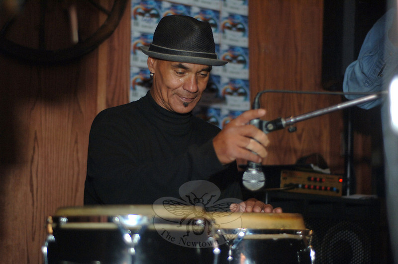 Renowned percussionist Mingo Lewis and his band Room of Voices will return to The One-Eyed Pig Friday, December 9, starting at 9:30 pm. There is no cover charge. Mr Lewis and friends were special guests at the South Main Street restaurant and bar in October, when this photo was taken.  (Bobowick photo)