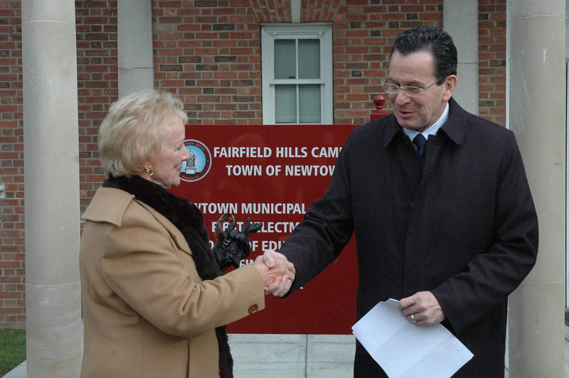 On December 30 at Fairfield Hills, Governor Dannel P. Malloy announced that the state has awarded the town a $400,000 grant for improvements at the Fairfield Hills campus. First Selectman Pat Llodra joined the governor looked as he made the announcement before a group of about 40 people. The money is provided through the Small Town Economic Assistance Program (STEAP) grant project. —Bee Photo, Gorosko