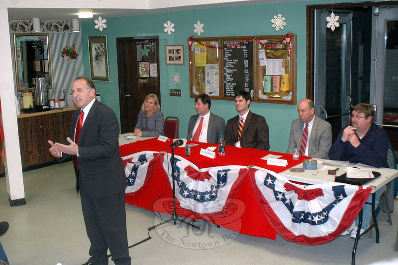 Fifth District GOP contender Mark Greenberg addresses the local Republican Town Committee February 22 during a US Congressional candidates forum at the Newtown Senior Center. From left, challengers Lisa Wilson Foley, state Senator Andrew Roraback, Justin Bernier, and Mike Clark look on.  	—Bee Photo, Voket