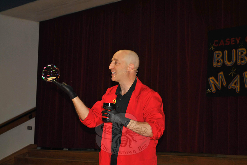 "Bubble expert Casey Carle was at Head O'Meadow School on Thursday, May 24, for a  ""BubbleMania!"" presentation.   —Bee Photo, Crevier"