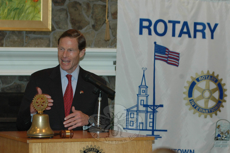 Richard Blumenthal visited with Rotary Club of Newtown on January 25. During his brief stop, Mr Blumenthal addressed the full membership and fielded questions.  (Voket photo)