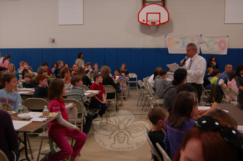 Hawley School lead teacher Chris Breyan led the announcements for the evening when the school hosted a Bingo Night on April 13. The event was held in the school's gymnasium.  (Hallabeck photo)