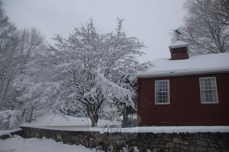 The Newtown Bee during Tuesday's snow storm.  (Bobowick photo)