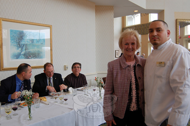 Tasting Competition winner Chef Hector Velez of The Homesteads, standing with First Selectman Pat Llodra.  (Crevier photo)