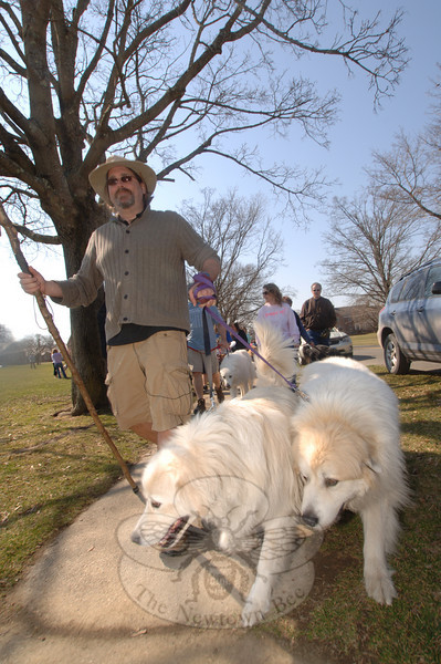 Taking his crusade through Connecticut on the 2 Dogs 2,000 Miles campaign to find cures for canine cancer, Luke Robinson led more than 100 residents and guests both from out-of-town and out-of-state, and their pets, on a short walk during a return visit to Newtown.  (Bobowick photo)