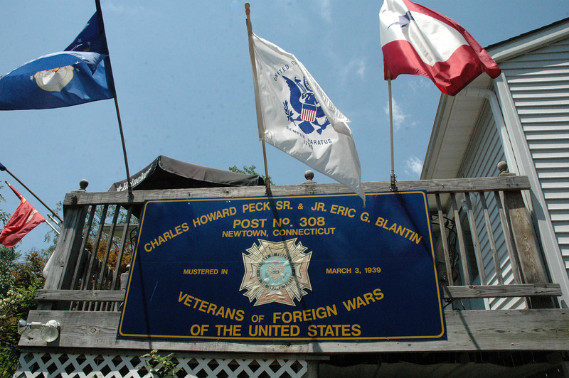 A sign with flags flying overhead denotes Veterans of Foreign Wars Post 308 at Tinkerfield Road. The post held a family picnic on Saturday, June 30. (Gorosko photo)