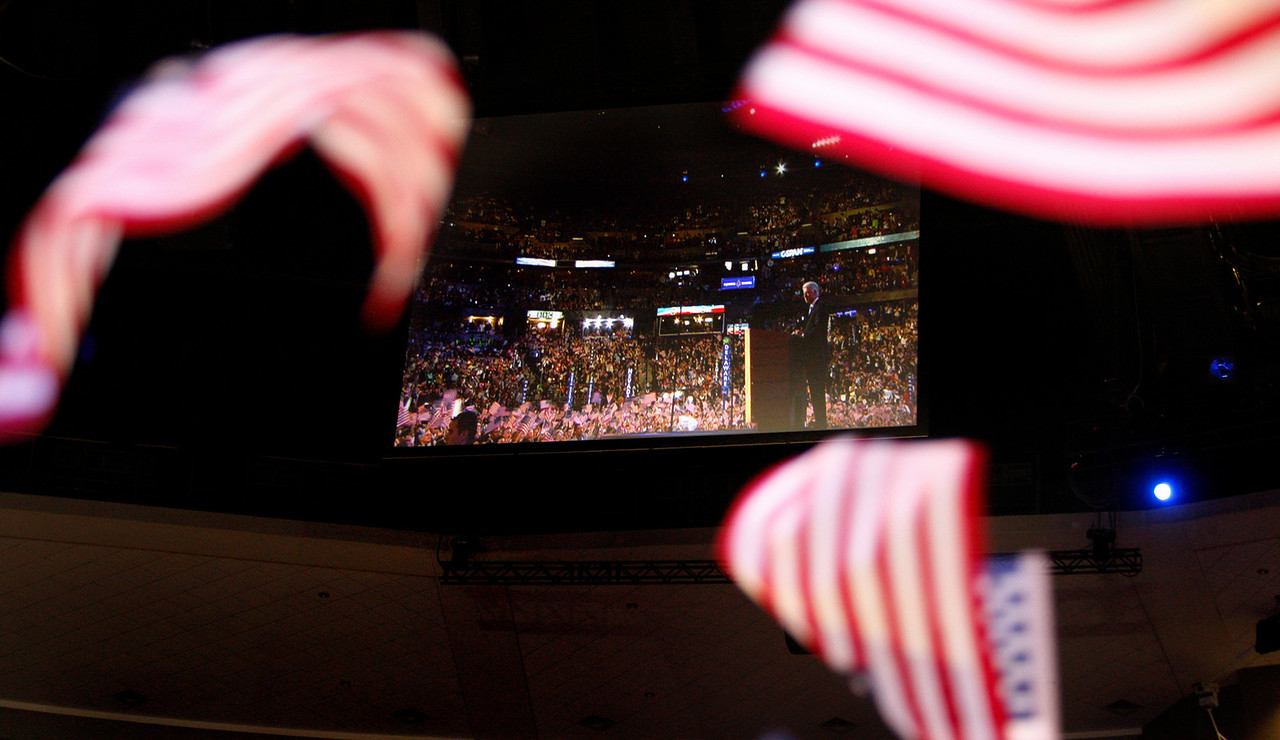 8/27/08 - Denver, CO - Pepsi Center - Former president Bill Clinton addressed the DNC.  Dina Rudick/Globe Staff.