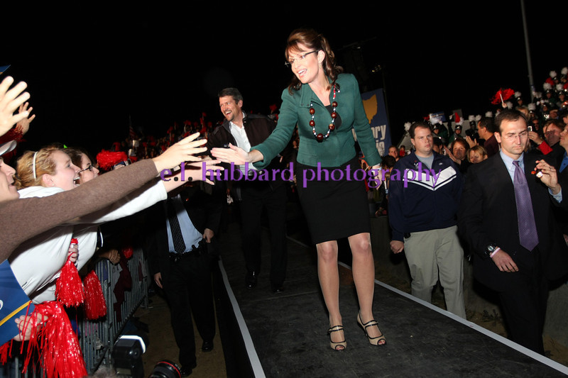 E.L. Hubbard for the DDN<br /> Sarah Palin and her husband, Todd Palin, enter the rally held at the Clermont County fairgrounds in Owensville Sunday, November 2, 2008.