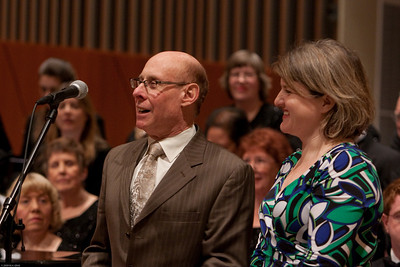 "(1) Slug #: W 00018981; (2) Ridgewood, NJ; (3) 03/13/09; (4) Pro Arte Chorale Presents A Tapestr of Love, Life and Song in 2nd Concert of 45th Season at Westside Presbyterian Church; (5) Composer Robert S. Cohen and librettist Maria V.S. Seigenthaler discuss their work, ""Sing With Me,"" at its premier performance by the Pro Arte Chorale at Westside Presbyterian Church on 3/13/2009; (6) W.H. GRAE for The Ridgewood News"