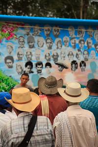 De los 43 desaparecidos solo seis han sido encontrados y no han sido identificados plenamente. De los 60 paramilitares involucrados solo seis han sido condenados.   Foto: Alejandro González
