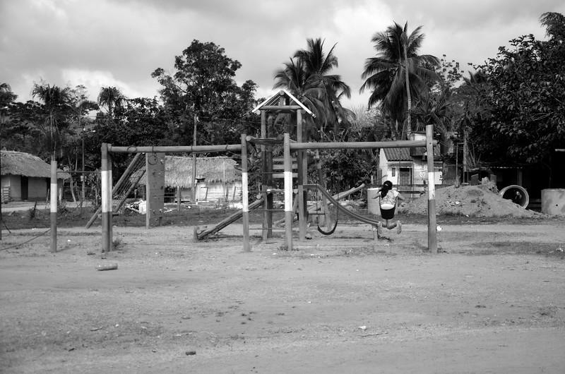 Y la vida sigue en Pueblo Bello, mientras las familias víctimas desean que nadie en Colombia tenga que pasar por el dolor que ellas han tenido que pasar y pasan, puesto que 37 de los desaparecidos aún no han sido encontrados.