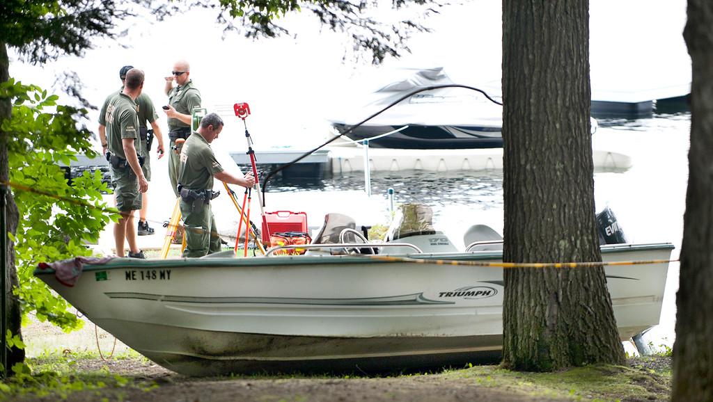 Boating accident on Thompson Lake