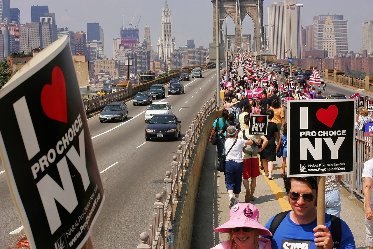 8/28/2004 -- New York, NY --Pro-choice march over Brooklyn Bridge -- Thousands of protesters marched over the Brooklyn Bridge representing a range of causes, most of them Pro-Choice related. As of 1:00 pm (this picture was taken at 12:45 pm), the activities were peacable on this Saturday afternoon, August 28. Photo by Dina Rudick, The Boston Globe.