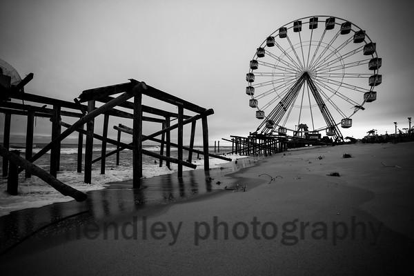 Saeside park, Ferris Wheel and Collapsed Pier